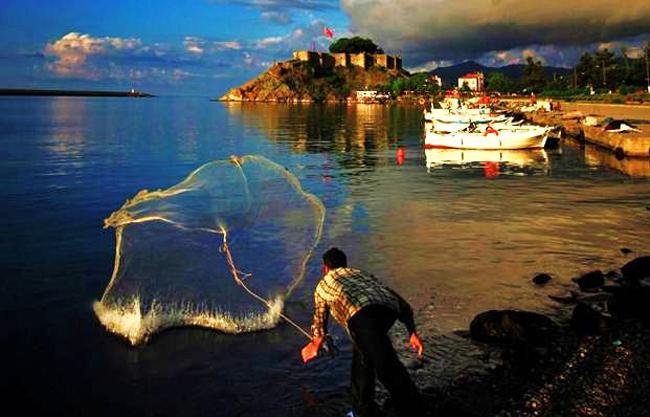 Alper Eryiğit'in Tirebolu'da çektiği fotoğraf birinci oldu